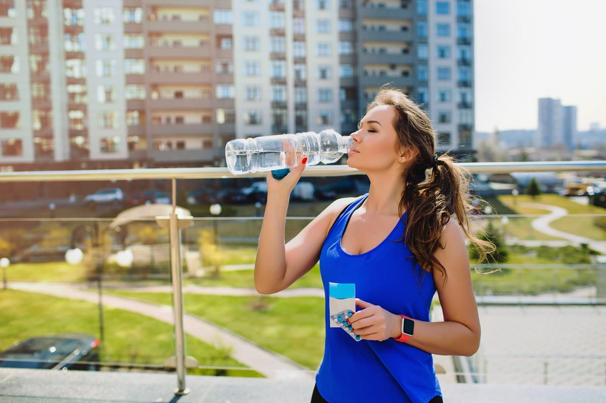 Czy przedtreningówki poprawiają wyniki biegaczy?